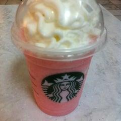 Photo taken at Starbucks by Theresa H. on 7/23/2013