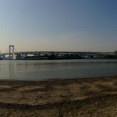 Photo taken at お台場海浜公園 (Odaiba Marine Park) by ___________________'s on 5/14/2013
