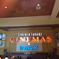 Photo taken at Lincoln Square Cinemas by Steve G. on 11/11/2012