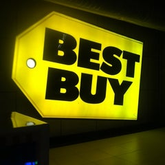 Photo taken at Best Buy by Bobby P. on 10/4/2013