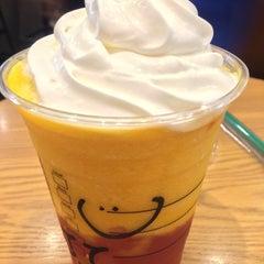 Photo taken at Starbucks Coffee なんば南海通店 by syukyu on 6/17/2015