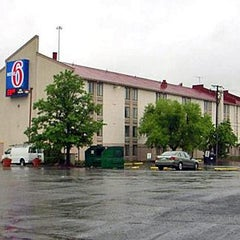 Photo taken at Motel 6 Washington DC SW-Springfield,VA by Motel 6 on 1/24/2014