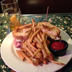Photo taken at James Hoban's Irish Restaurant & Bar by Donna Y. on 11/13/2012