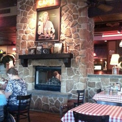 Photo taken at Logan's Roadhouse by Brian T. on 10/10/2013