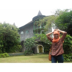 Photo taken at Museum Affandi by thamy t. on 3/4/2015
