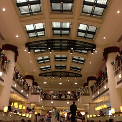 Photo taken at Shopping Iguatemi by Anderson V. on 12/23/2012