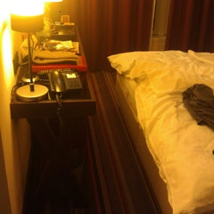 Photo taken at Leonardo Hotel Berlin by Wilfried H. on 3/3/2014