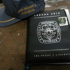 Photo taken at SMA Negeri 5 Surabaya by Devi F. on 8/9/2014