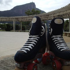 Photo taken at Parque dos Patins by Leandro J. on 6/30/2013