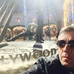 Photo taken at Universal Studios Hollywood Technical Services by Abdullah A. on 11/24/2014