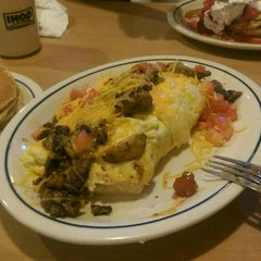 Photo taken at IHOP by Sultan A. on 9/25/2015