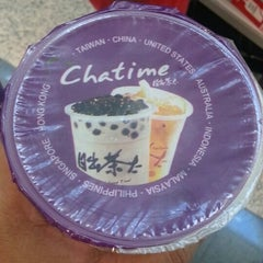 Photo taken at Chatime 日出茶太 by shar1073 on 4/10/2014