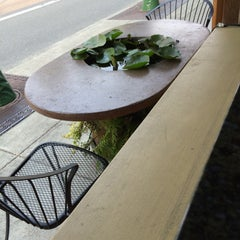 Photo taken at Singer Hill Cafe by Patrick on 8/23/2015