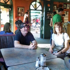 Photo taken at Cafe El Noa Noa by Dennis B. on 6/29/2014