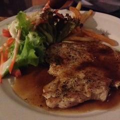 Photo taken at Steak - Kun,bangsean,chonburi by Chompoonoot W. on 1/16/2015