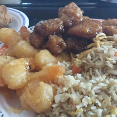 Photo taken at Panda Express by Nate S. on 2/12/2014