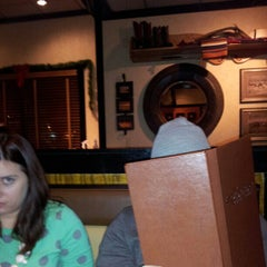 Photo taken at LongHorn Steakhouse by Anthoni R. on 1/5/2013