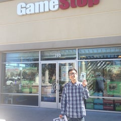 Photo taken at GameStop by Electric state O. on 3/12/2014