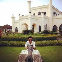 Photo taken at Istana Sultan Siak by Dedi I. on 2/25/2014