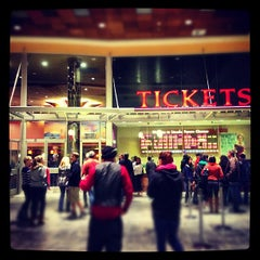 Photo taken at Lincoln Square Cinemas by Soo Min P. on 11/22/2012