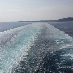 Photo taken at Arka Deniz by Oktay C. on 10/20/2015