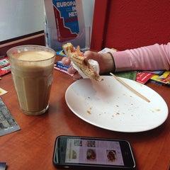 Photo taken at Caffè Belmondo by Felipe M. on 9/1/2014
