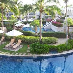 Photo taken at Sheraton Hua Hin Resort & Spa by Seang W. on 5/26/2013