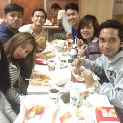 Photo taken at McDonald's by Jhed S. on 5/29/2015