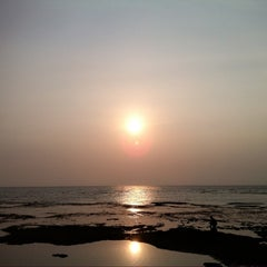 Photo taken at Pantai Anyer (Anyer Beach) by NOVIE ك. on 8/4/2014