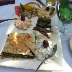 Photo taken at Taverna Cretekou by Marisa C. on 5/24/2014