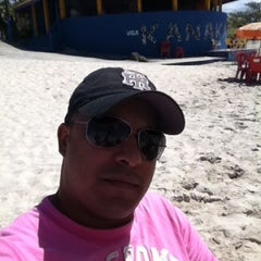 Photo taken at Quiosque Kanakaue  - Praia Suarão by Rafael G. on 11/16/2012