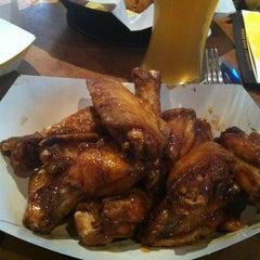 Photo taken at Buffalo Wild Wings by Rachel H. on 12/7/2012