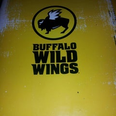 Photo taken at Buffalo Wild Wings by Dagga D. on 8/15/2012
