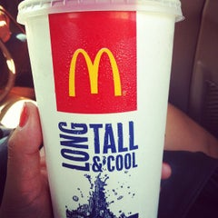 Photo taken at McDonald's by Yuna 🇰🇷 P. on 8/20/2012