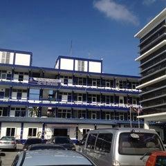 Photo taken at Ibu Pejabat Polis Daerah Klang Selatan by David A. on 7/12/2012