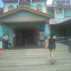 Photo taken at Scooby - Doo Ghostblasters by Robert C. on 6/3/2012