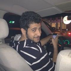 Photo taken at تقاطع البلاجات وشارع المطاعم by Fahad A. on 2/27/2012
