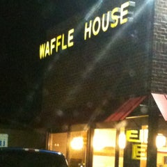 Photo taken at Waffle House by Carol S. on 3/4/2012
