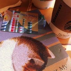 Das Foto wurde bei Starbucks von Sae Rom M. am 5/3/2012 aufgenommen