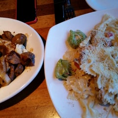 Photo taken at Claim Jumper by Dawn s. on 12/29/2014