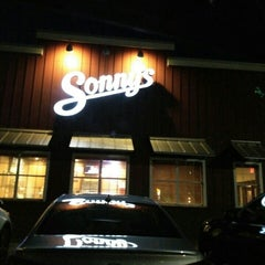 Photo taken at Sonny's BBQ by Vic W. on 4/9/2016