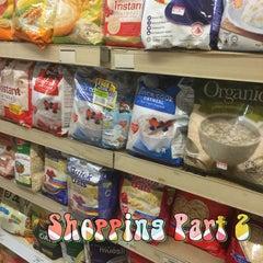 Photo taken at Sri Kota Supermarket by reeza 2. on 9/20/2015