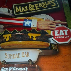 Photo taken at Max & Erma's by Dan S. on 10/6/2012