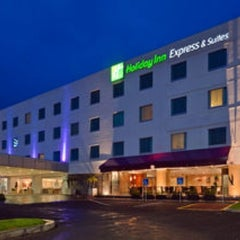 Photo taken at Holiday Inn Express Hotel & Suites by Luis R. on 1/31/2013