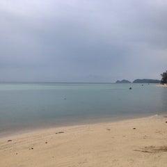 Photo taken at Milky Bay Resort Koh Phangan by Zoryana H. on 1/21/2015