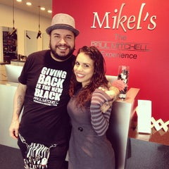 Photo taken at Mikel's Paul Mitchell  Experience by Mahayana S. on 12/11/2014