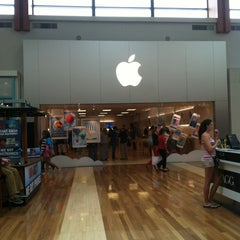 Photo taken at Apple Store, West County by Mike on 5/28/2013