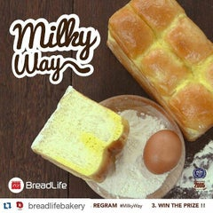 Photo taken at BreadLife by rianisbr s. on 4/8/2016
