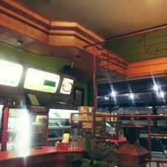 Photo taken at Kindys Donuts & Coffee - Stasiun Purwokerto by Nanda D. on 7/1/2014