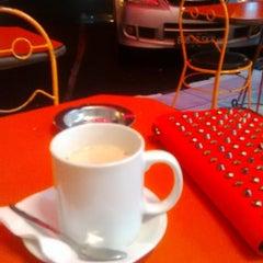 Photo taken at Kindys Donuts & Coffee - Stasiun Purwokerto by Nanda D. on 3/5/2015